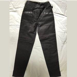 H&M Black Cropped High waist Pants Size 2